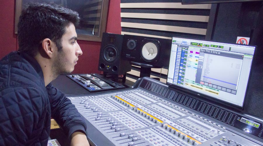 Jingles and Wedges Recording - Marketing and corporative sound